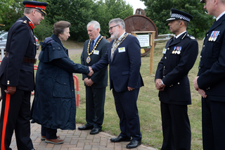 Mayor Dave Hodgson meeting Princess Anne at the Forest of Marston Vale (June Essex)